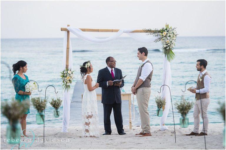 ceremony_on_beach_poppet_studio_wedding